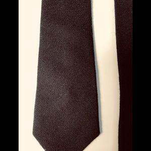 Black fine knit tie
